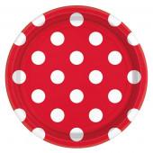 Röda papperstallrikar med vita prickar