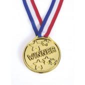 Guldmedalje i plastik til børnefødselsdag